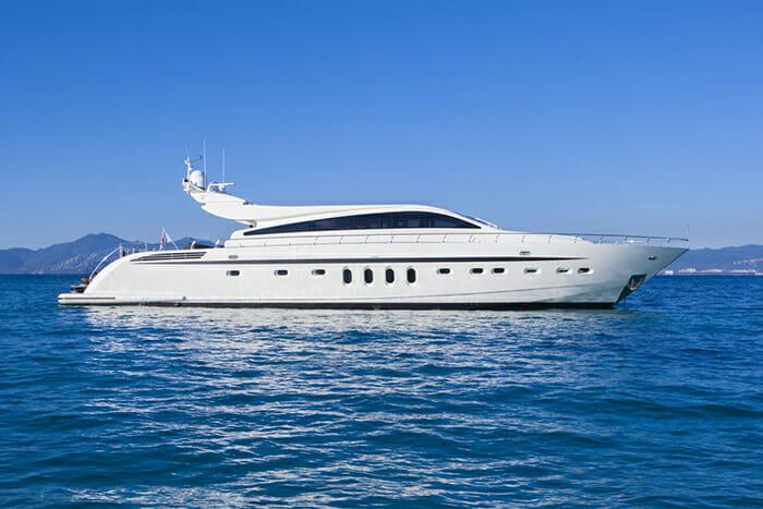 Yacht RG 512