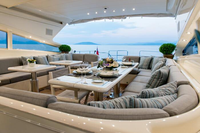 Romachris II deck