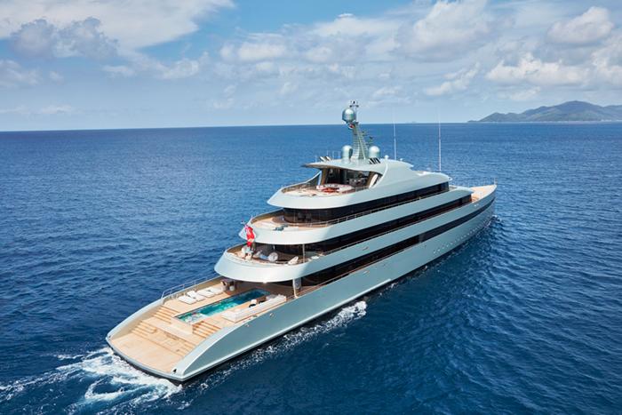 Yacht Savannah