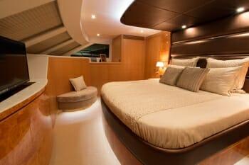 Sea Boss master cabin