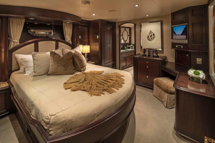 Sea Dreams guest cabin