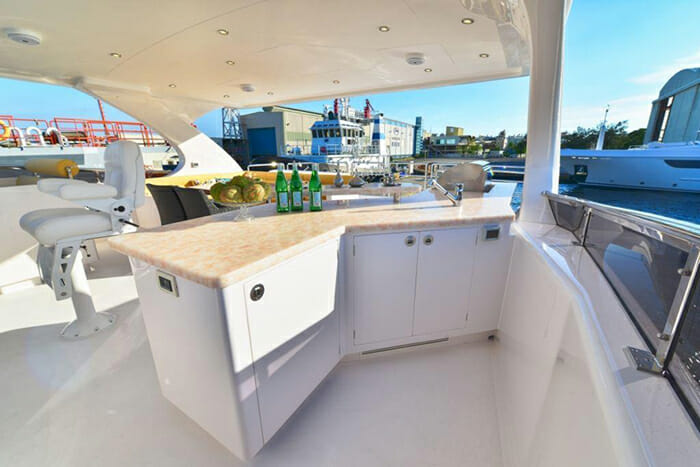 Seaglass flybridge bar