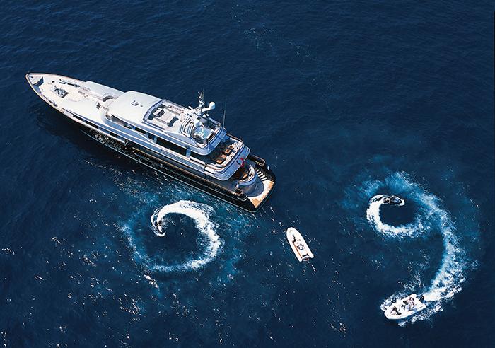 Yacht Silver Dream