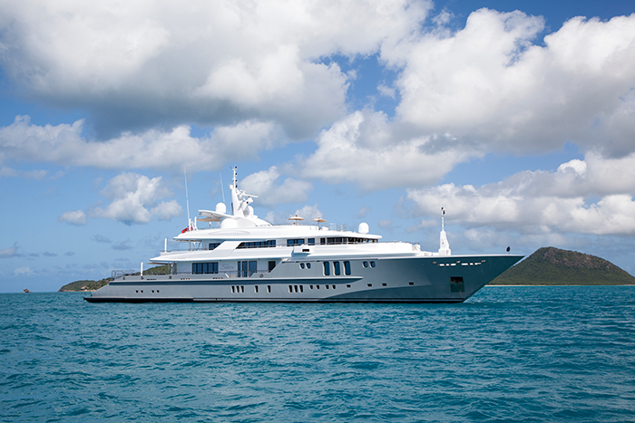 Yacht Siren