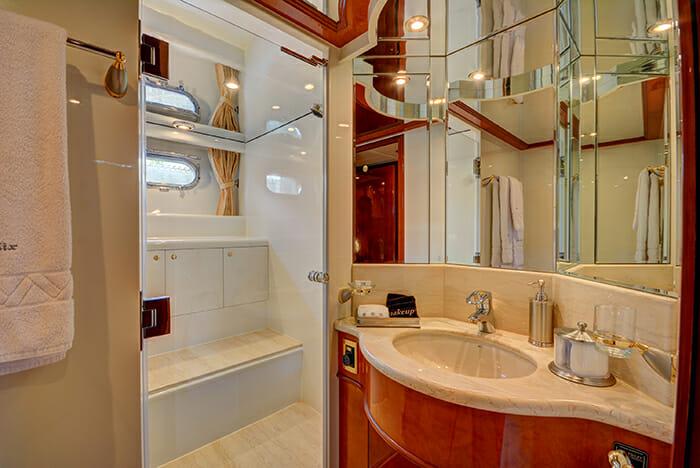 Sixty Six vip bathroom