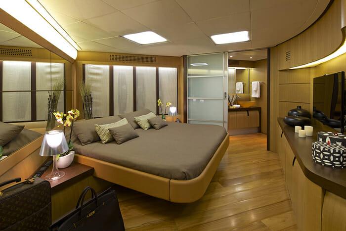 Solaris master cabin