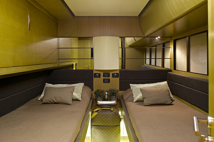 Solaris twin cabin