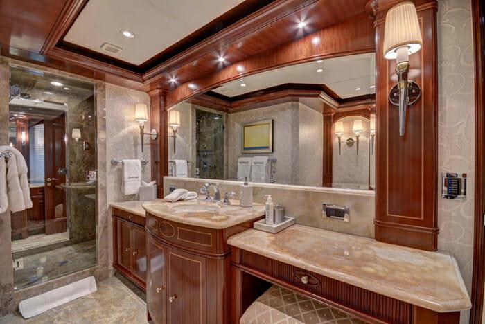 Sovereign master bathroom