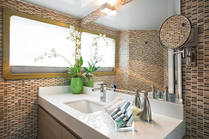 Stella Maris master bathroom