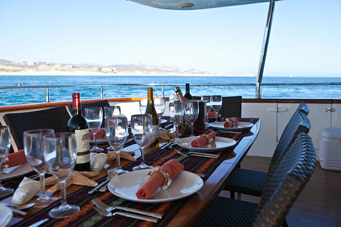 Super deck dining