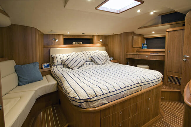 Tilly Mint master cabin