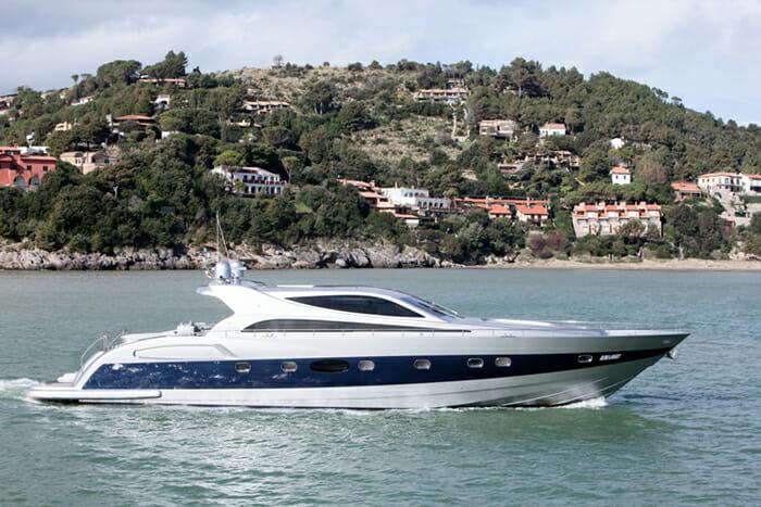 Yacht Tiuna