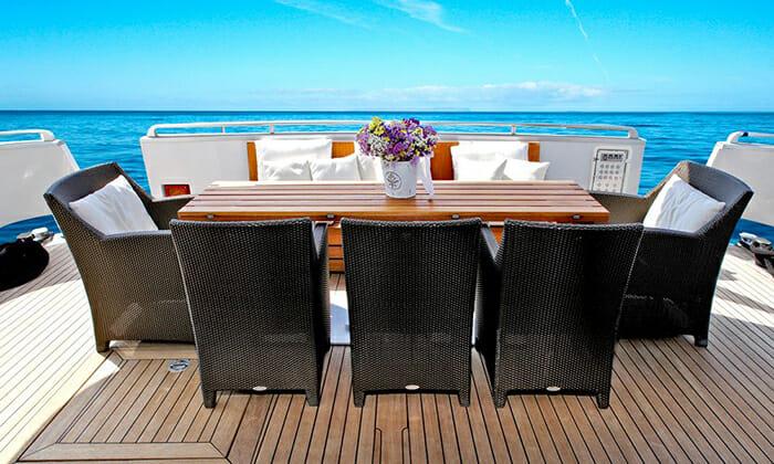 Tropicana aft deck dining
