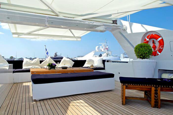 Tropicana sundeck seating