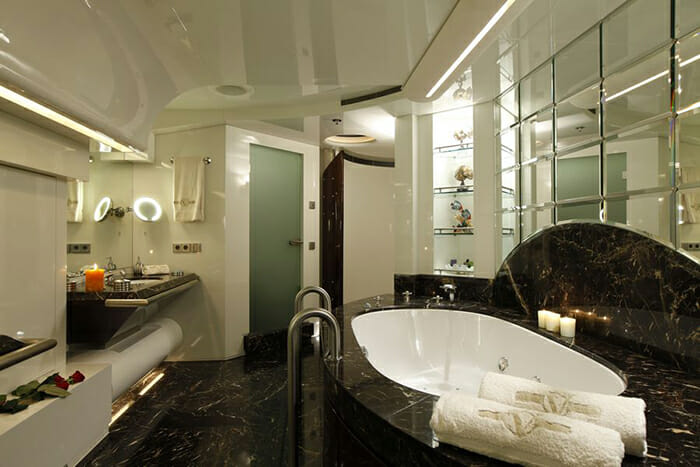 Vera master bathroom