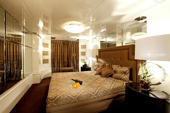 Vera VIP cabin