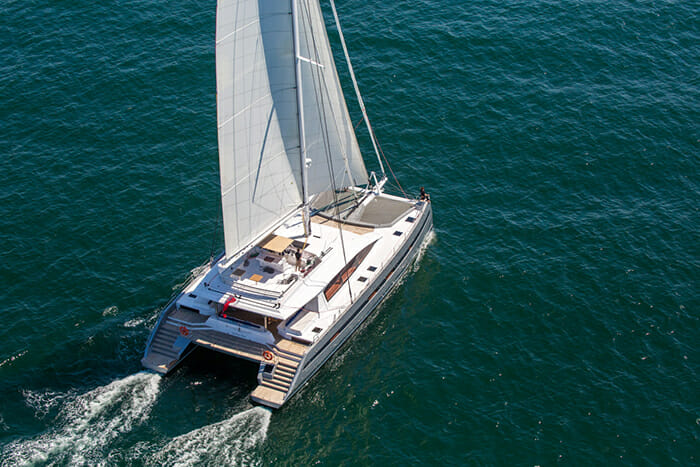 Catamaran Windquest