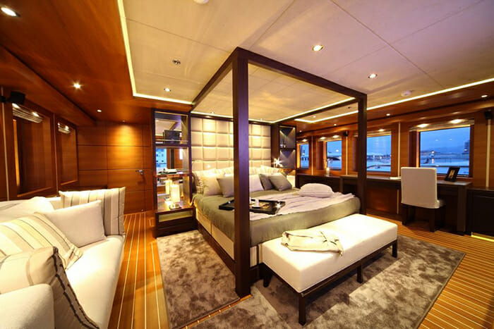 Zaliv III master cabin