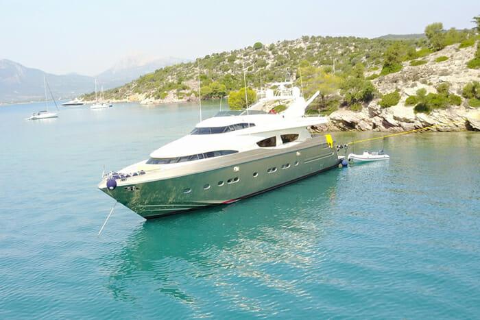 Yacht Zambezi